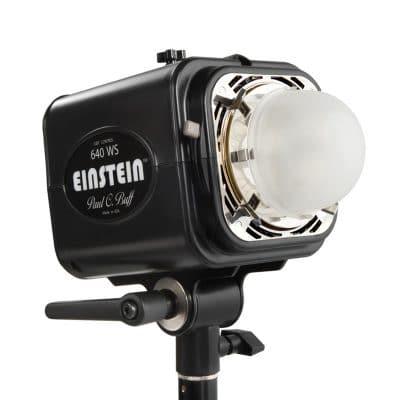 Einstein flash action sports