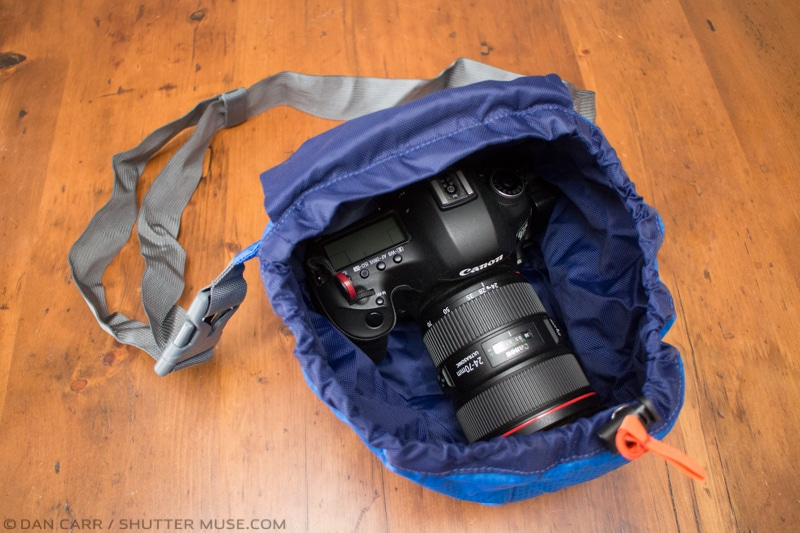 MindShift-ultralight-camera-cover-12