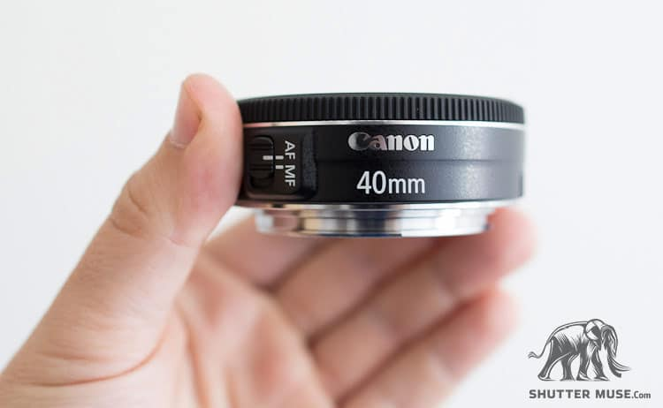 What does STM mean on a Canon lens