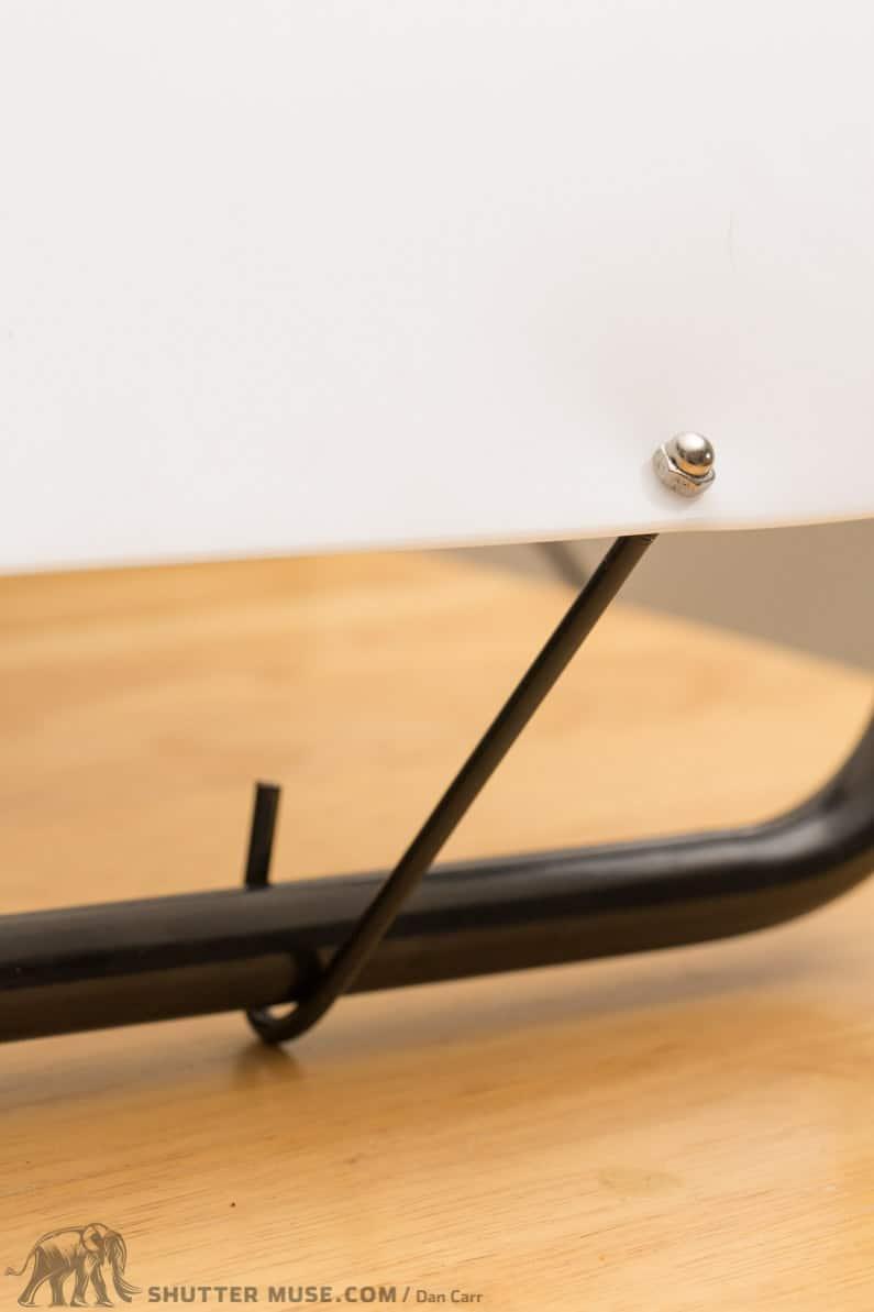 hook on tabletop shooting table